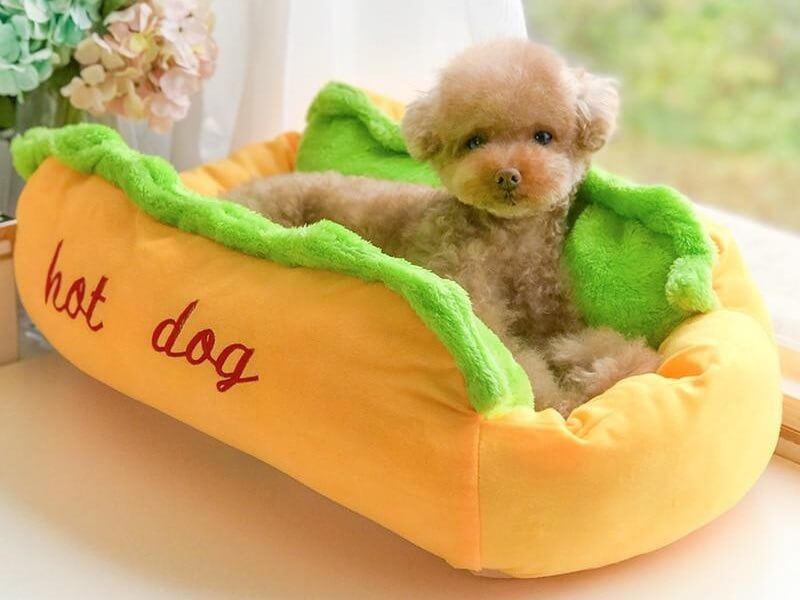 Hot Dog Pet Sofa