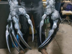 Monster troll claws